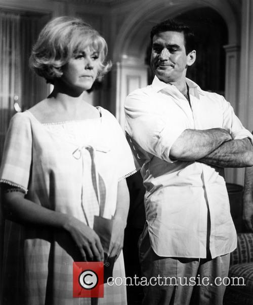 Doris Day and Rod Taylor 2