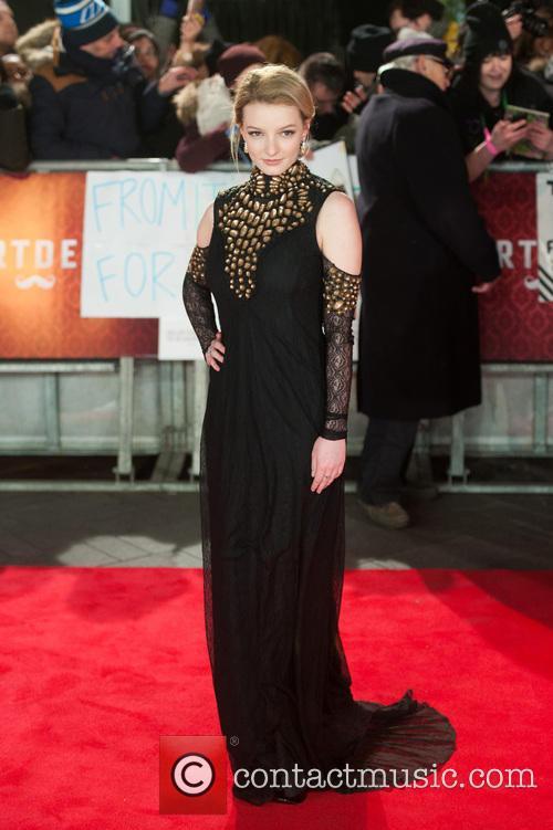 Dakota Blue Richards 6