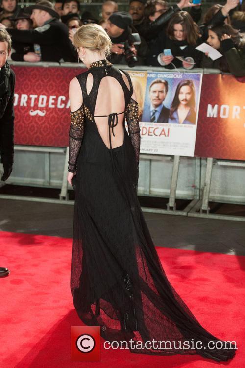 Dakota Blue Richards 8