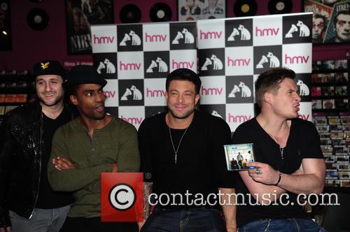 Blue, Antony Costa, Simon Webbe, Duncan James and Lee Ryan 5