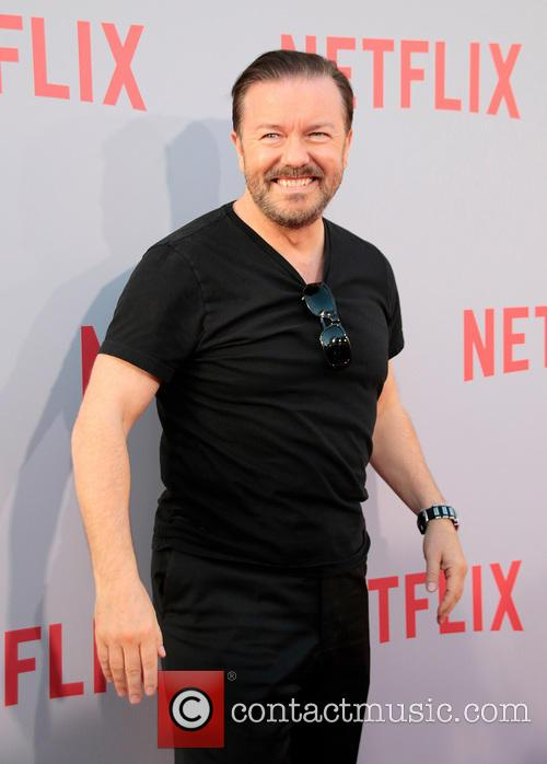 Ricky Gervais Steals The Show By Pretending To Win An Emmy