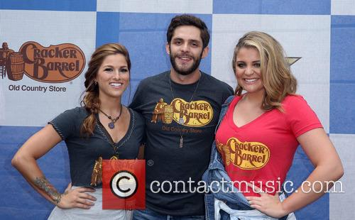 Cassadee Pope, Thomas Rhett and Lauren Alaina 5