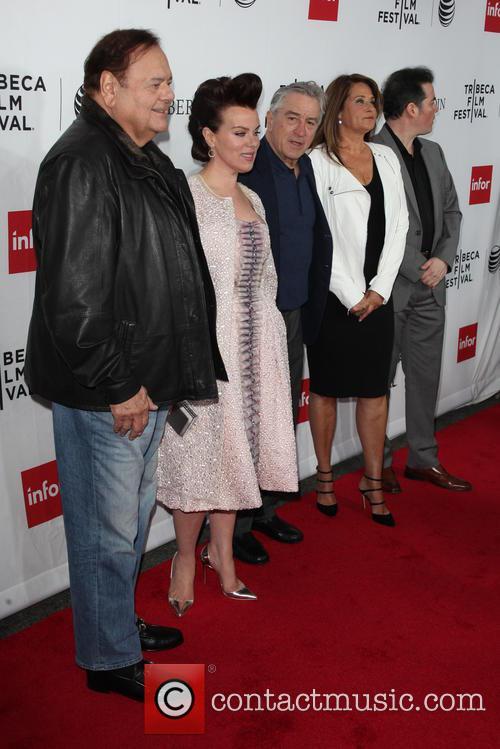(l-r) Actors Paul Sorvino, Debi Mazar, Robert De Niro, Lorraine Bracco and Kevin Corrigan