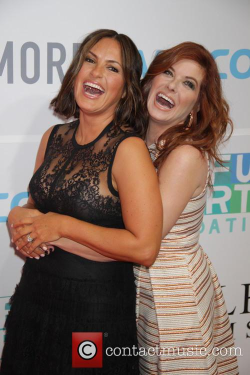 Mariska Hargitay and Debra Messing 9