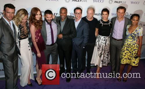 The Cast Of Scandal, L To R, Scott Foley, Portia De Rossi, Darby Stanchfield, Guillermo Diaz, Joe Morton, Joshua Malina, Jeff Perry, Bellamy Young, Tony Goldwyn and Kerry Washington