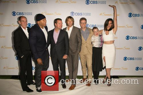 Miguel Ferrer, Ll Cool J, Chris O'donnell, Eric Christian Olsen, Barrett Foa, Renée Felice Smith and Daniela Ruah 11