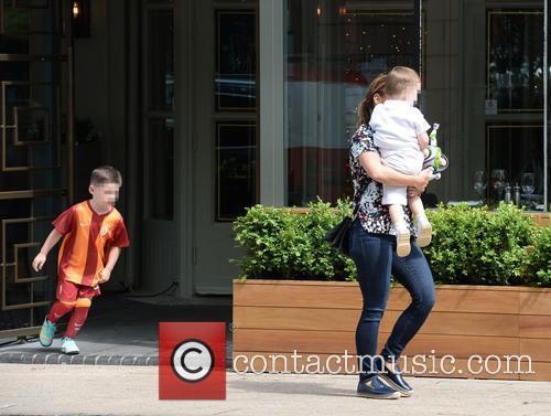 Coleen Rooney, Klay Rooney and Kai Rooney 8