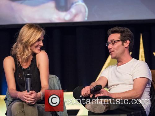 Tricia Helfer and James Callis 9