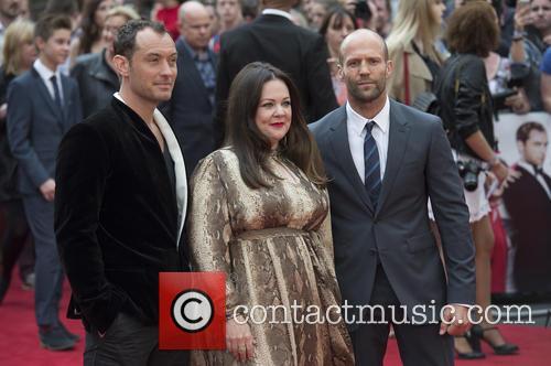 Jude Law, Melissa Mccarthy and Jason Statham 10