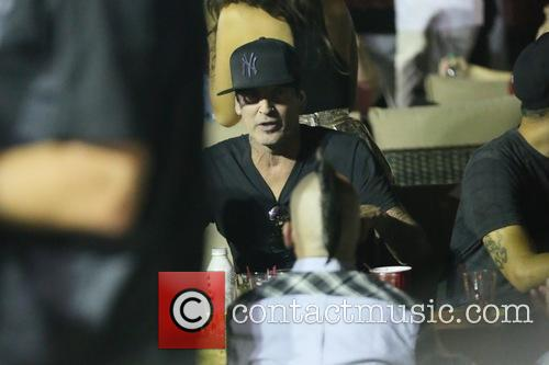 Tommy Lee 6