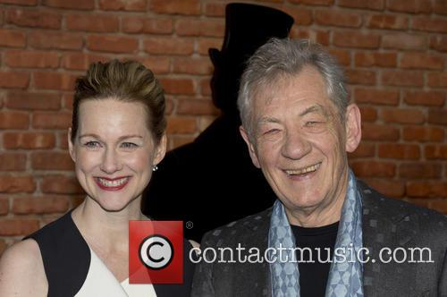 Sir Ian Mckellen and Laura Linney 6