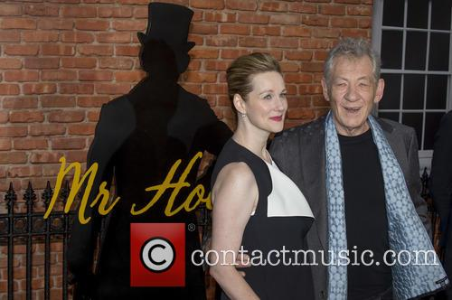 Sir Ian Mckellen and Laura Linney 1