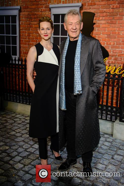 Sir Ian Mckellan and Laura Linney 10