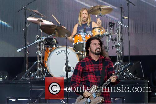 Taylor Hawkins, Dave Grohl and Foo Fighters 1