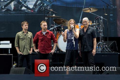 Taylor Hawkins, Nate Mendel, Chris Shiflett, Pat Smear and Foo Fighters 2