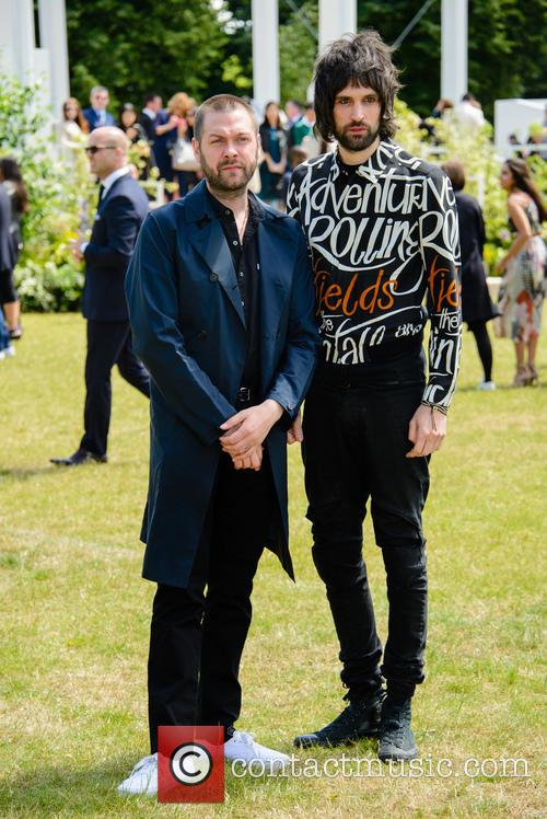 Tom Meighan and Sergio Pizzorno 3