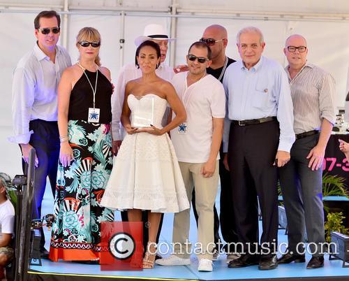 Jada Pinkett Smith (c), Dj Laz and Mayor Tomas Regalado