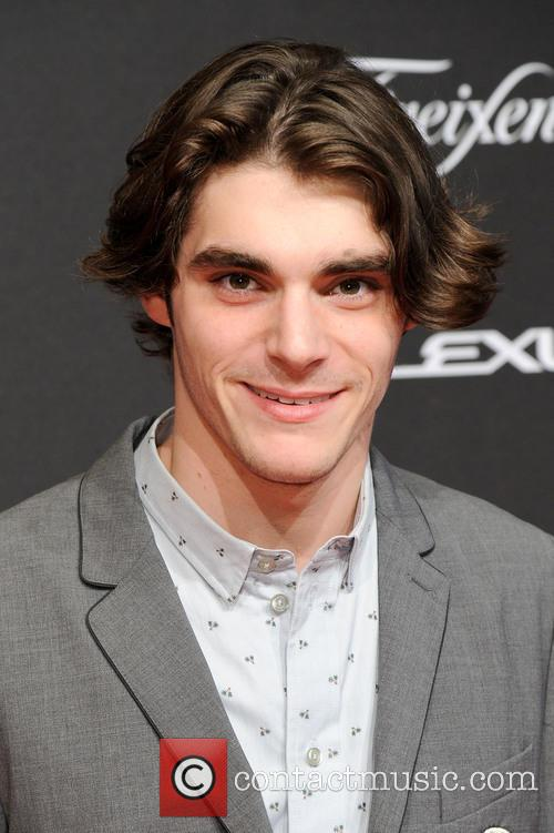Roy Frank Mitte and Rj Mitte 8
