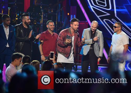 Maluma, Pitbull and J Balvin 4