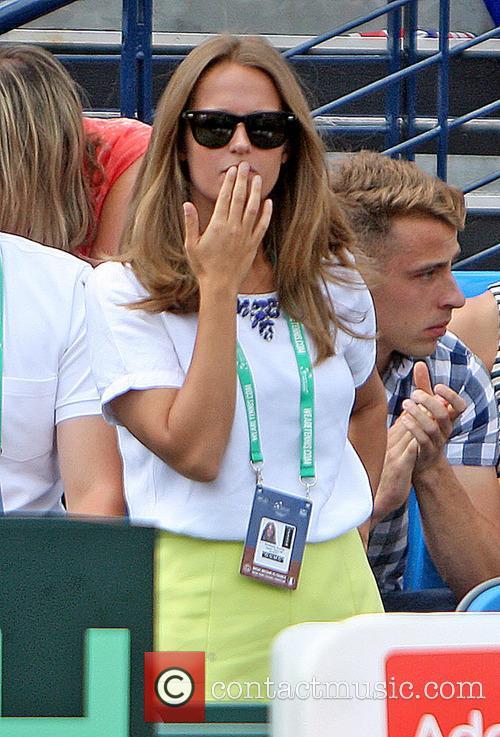 Tennis, Kim Murray and Kim Spears 1