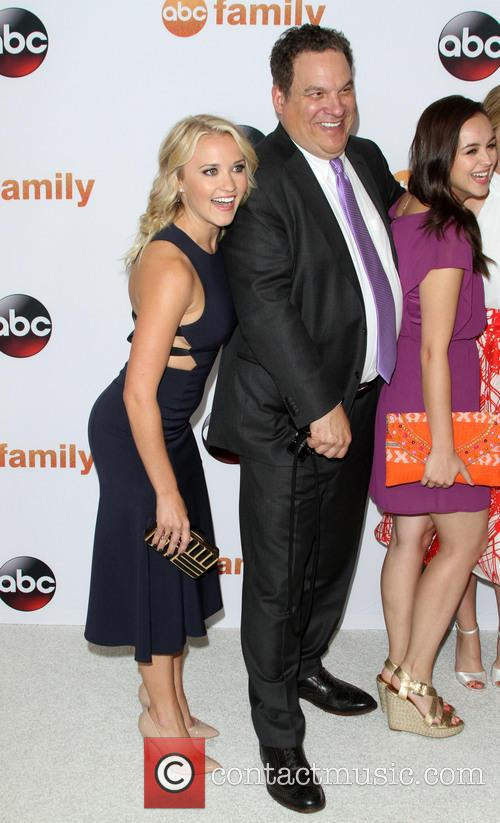 Emily Osment, Jeff Garlin and Hayley Orrantia