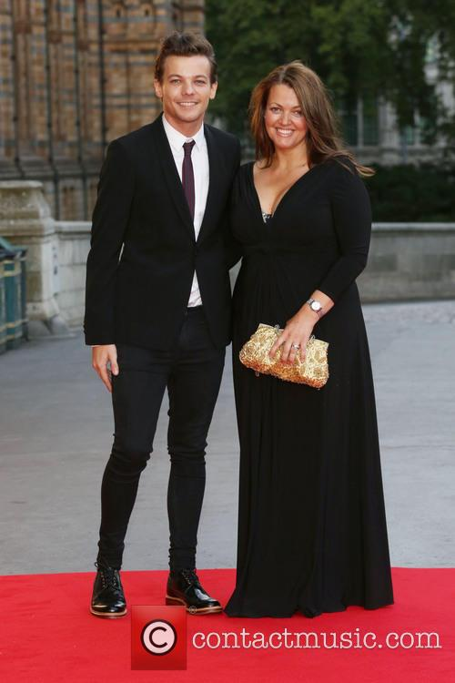 Louis Tomlinson, Mother Johannah Deakin and One Direction 1