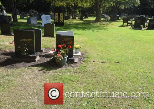 Cilla Black and Cilla Blacks Grave 5