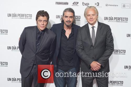 Benicio Del Toro, Fernando Leon De Aranoa and Tim Robbins