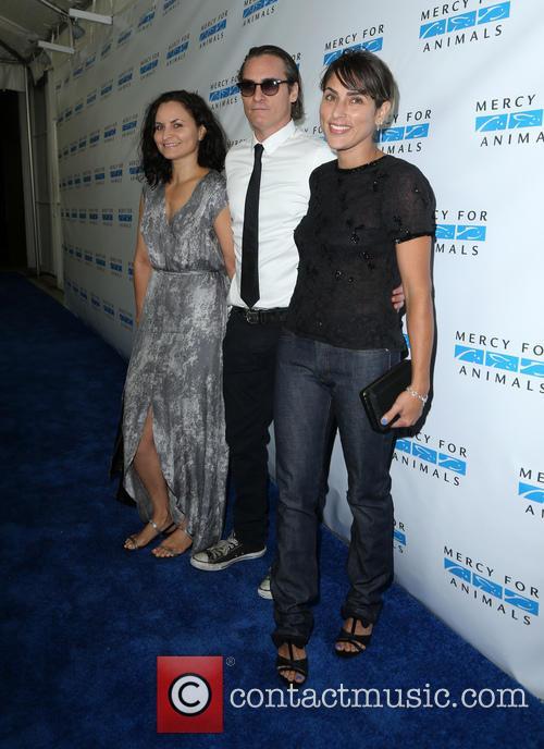 Rain Phoenix, Joaquin Phoenix and Summer Phoenix