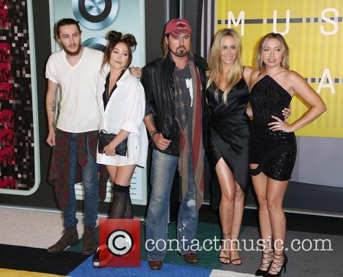 Tish Cyrus, Braison Cyrus, Noah Cyrus, Billy Ray Cyrus and Brandi Cyrus 2
