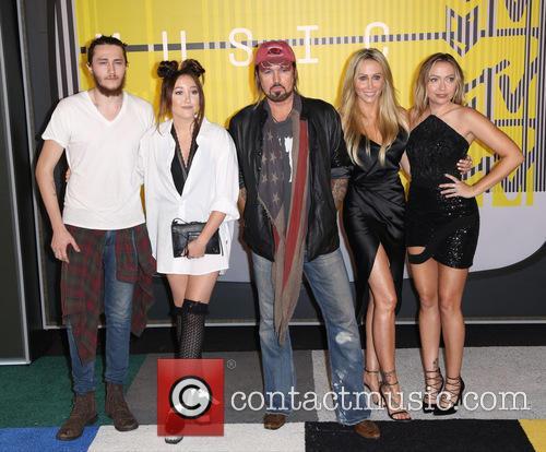 Tish Cyrus, Braison Cyrus, Noah Cyrus, Billy Ray Cyrus and Brandi Cyrus 4