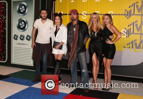 Braison Cyrus, Noah Cyrus, Billy Ray Cryus, Tish Cyrus and Brandi Cyrus 1