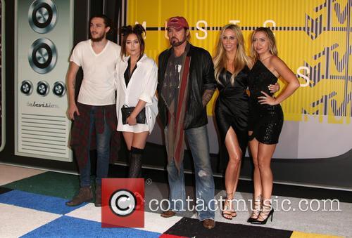 Braison Cyrus, Noah Cyrus, Billy Ray Cryus, Tish Cyrus and Brandi Cyrus 2
