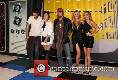 Braison Cyrus, Noah Cyrus, Billy Ray Cryus, Tish Cyrus and Brandi Cyrus 3