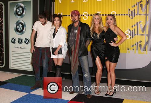 Braison Cyrus, Noah Cyrus, Billy Ray Cryus, Tish Cyrus and Brandi Cyrus 4