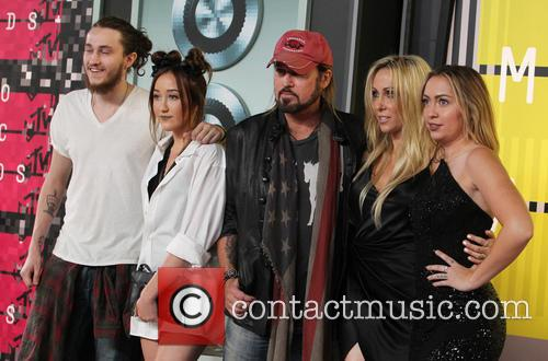 Braison Cyrus, Noah Cyrus, Billy Ray Cyrus, Tish Cyrus and Brandi Cyrus 3
