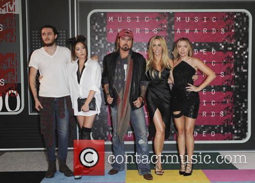 Braison Cyrus, Tish Cyrus, Noah Cyrus, Billy Ray Cyrus and Brandi Glenn Cyrus 1
