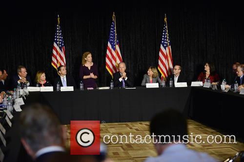 Bruce Levy, Jane Levy, Rabbi Jonathan Berkun, Rep. Debbie Wasserman Shultz, Vice President Joe Biden, Debby Eisinger, Rabbi Bennett Greenspon and Jenny Enslein 2