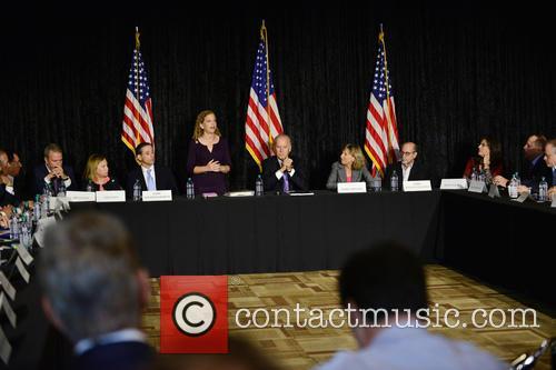 Bruce Levy, Jane Levy, Rabbi Jonathan Berkun, Rep. Debbie Wasserman Shultz, Vice President Joe Biden, Debby Eisinger, Rabbi Bennett Greenspon and Jenny Enslein 3