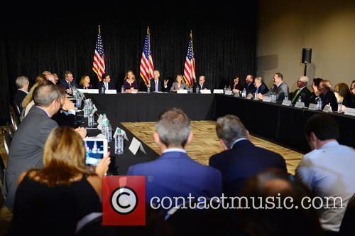 Bruce Levy, Jane Levy, Rabbi Jonathan Berkun, Rep. Debbie Wasserman Shultz, Vice President Joe Biden, Debby Eisinger, Rabbi Bennett Greenspon and Jenny Enslein 5