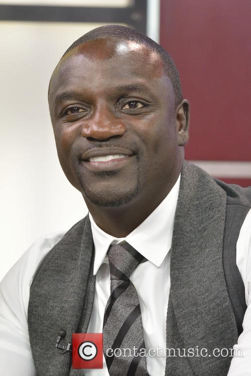 Akon 8