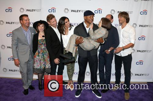 Chris O'donnell, Renée Felice Smith, Barrett Foa, Daniela Ruah, Ll Cool J, Miguel Ferrer and Eric Christian Olsen 1