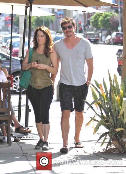 Pedro Pascal and Robin Tunney 5