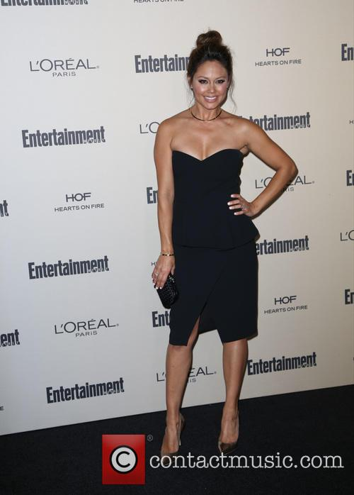 Entertainment Weekly, Vanessa Lachey and Melrose Place 6