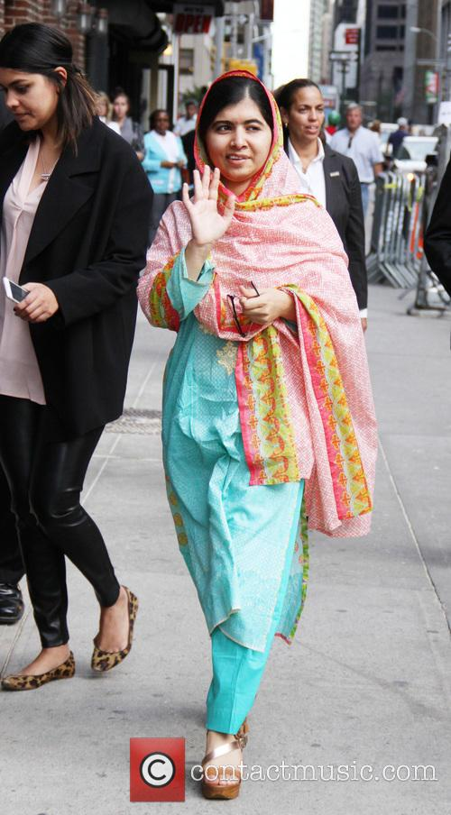 Stephen Colbert and Malala Yousafzai 4