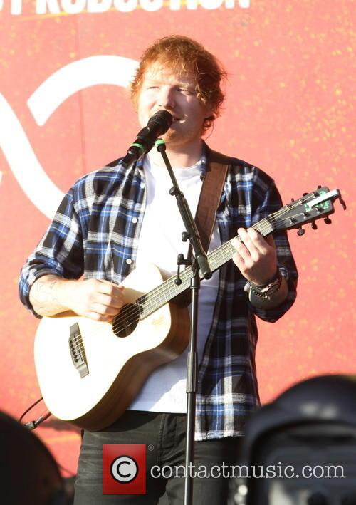Ed Sheeran Joins Beyonce For 'Drunk In Love' Duet At 2015 Global Citizen Festival