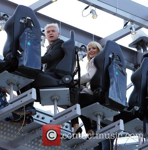 Holly Willoughby and Phillip Schofeild 4