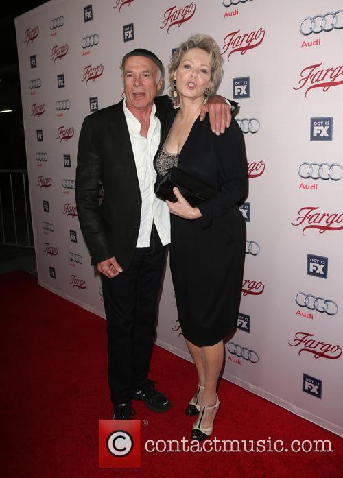 Michael Hogan and Jean Smart 2
