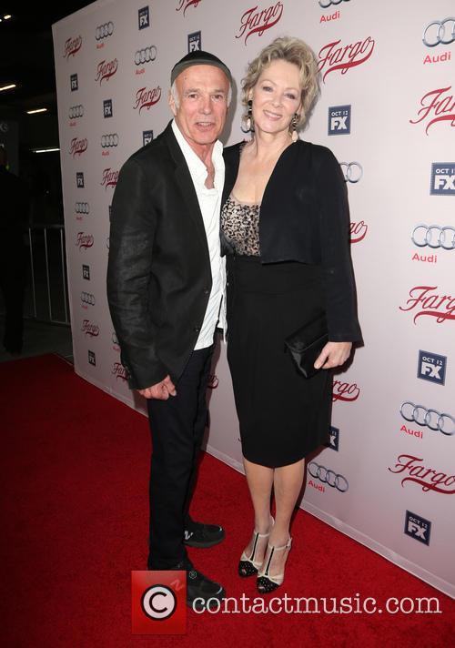 Michael Hogan and Jean Smart 4