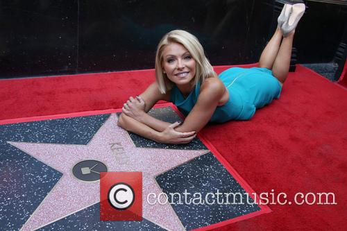 Kelly Ripa 2